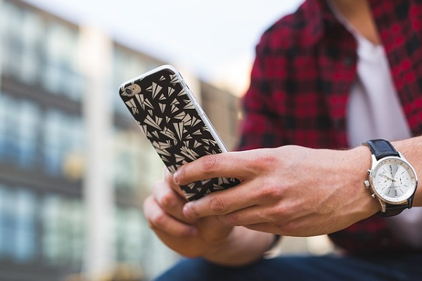 3 Texts To Send Your Ex-Girlfriend And Get Her Back